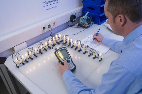 Foto: TÜV Rheinland | Lichterketten-Test